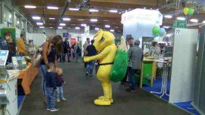 Maskottchen Energetikus auf der Konventá